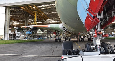AIRBUS-Toulouse-A380-Hangar_left-wing